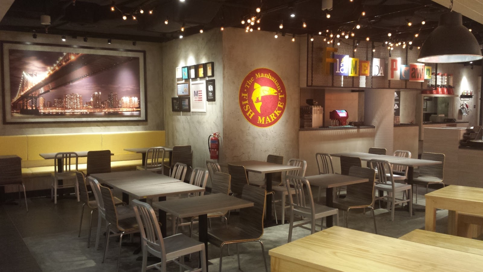 Shaun owyeong the manhattan fish market re opens at the for The fish market restaurant