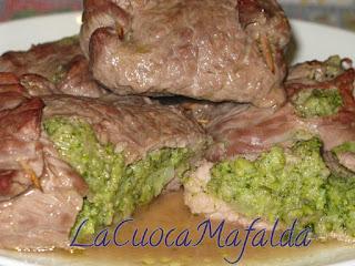 fagottini di carne cotti al forno ripieni di broccoli