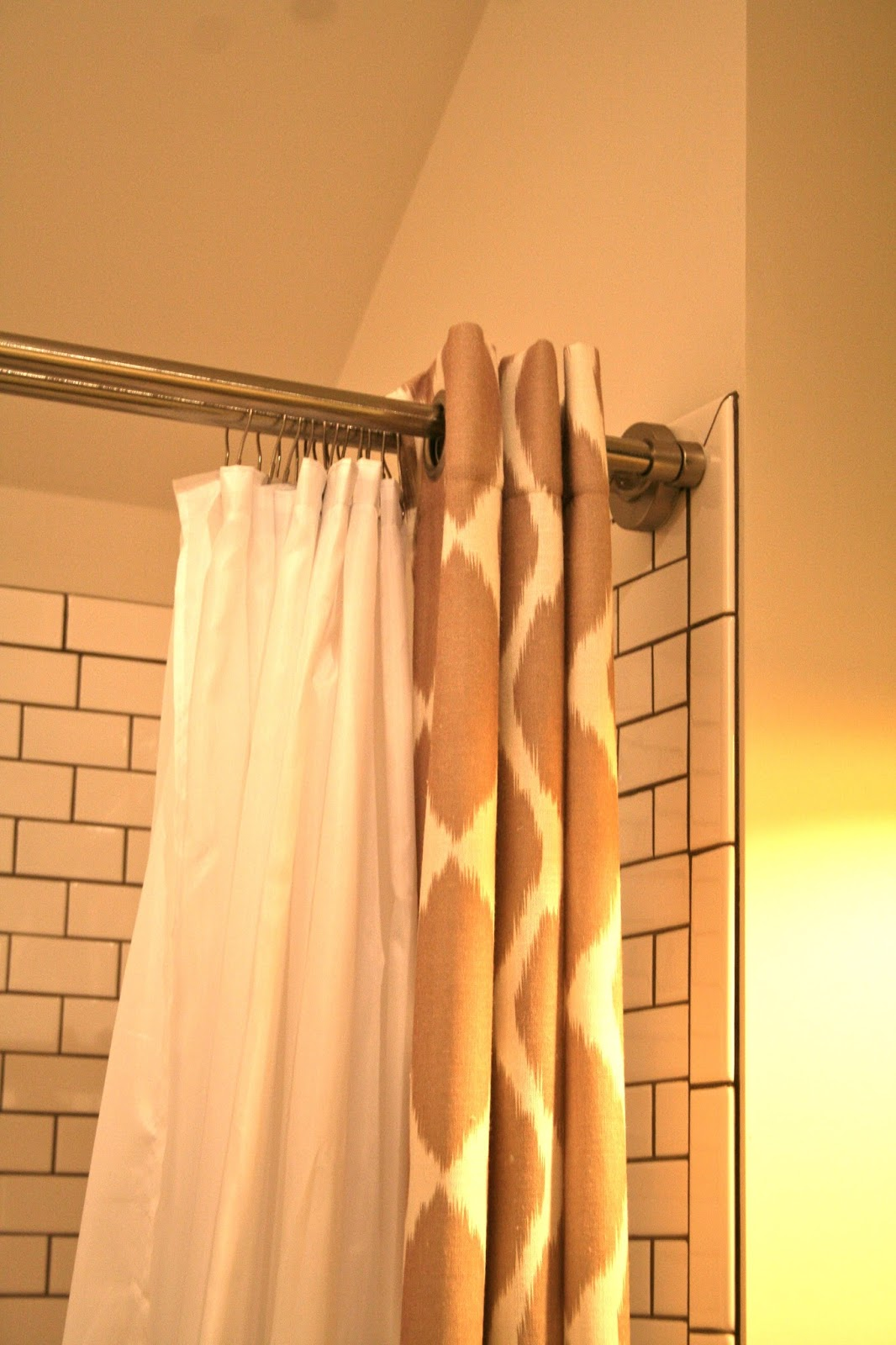 design dump: new favorite thing: double tension shower rod