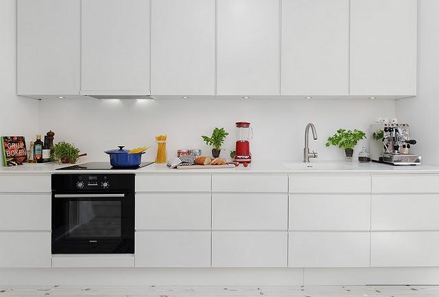 Keittiökaappien ovien vaihto