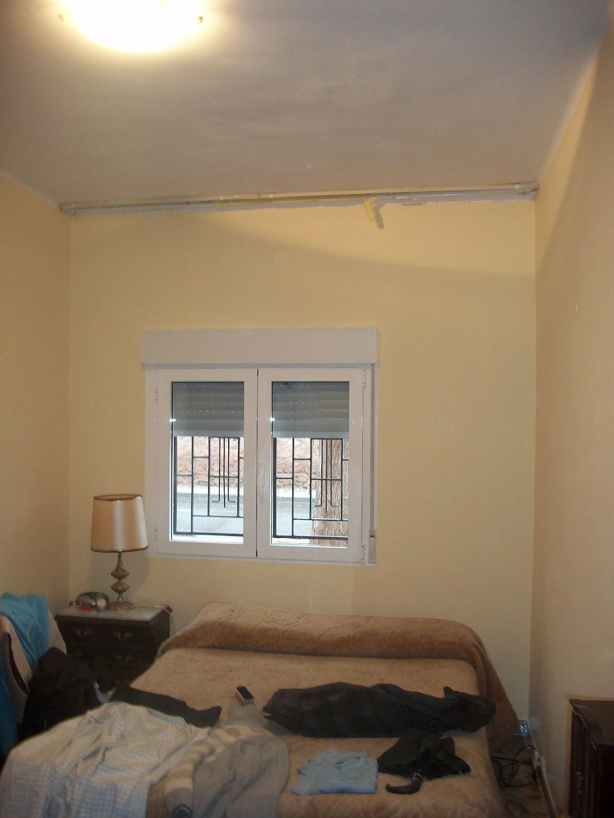 Servicios de pintura en zaragoza pintado piso particular for Pintura color ocre