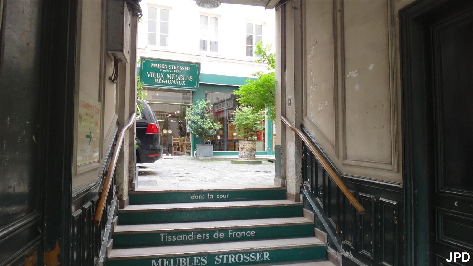 Paris bise art des meubles dans le faubourg saint antoine - Meubles faubourg saint antoine ...