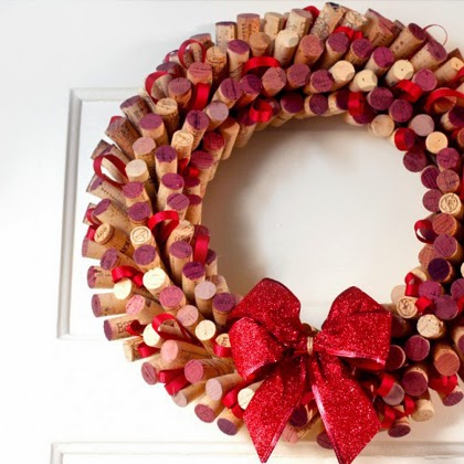 How to Make a Wreath Out of Wine Corks