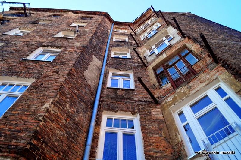 Warszawa stolica kamienice czerwona cegła Praga Północ zabytek
