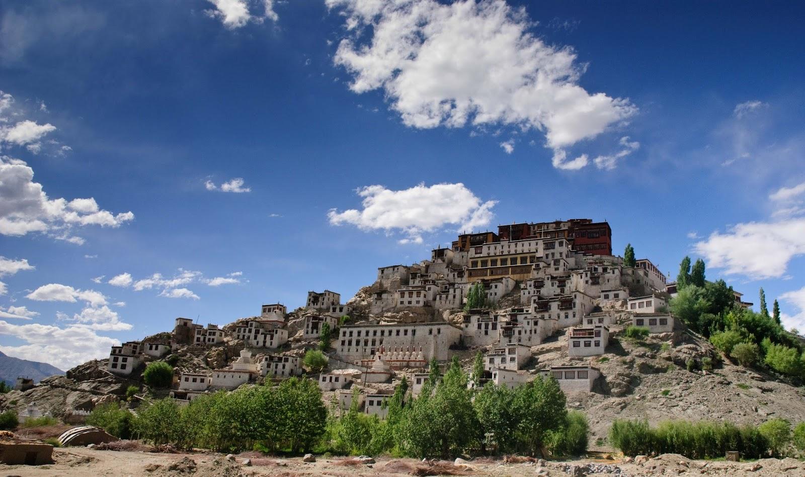 shey palace leh ladakh inde