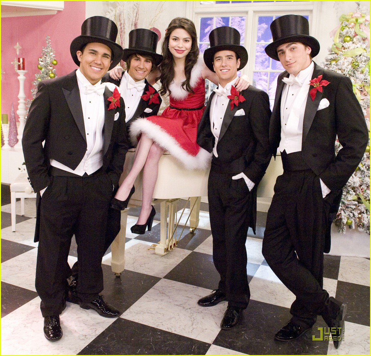 big time rush is a fast favorite of the gill sisters - Big Time Rush Beautiful Christmas