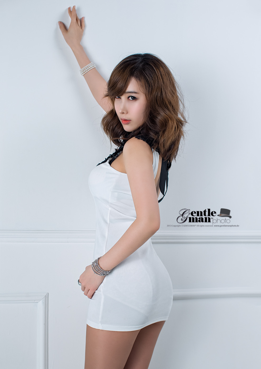 xxx nude girls: Im Min Young in White