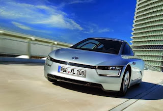Volkswagen Unveils Production Version Of 110 km/l XL1