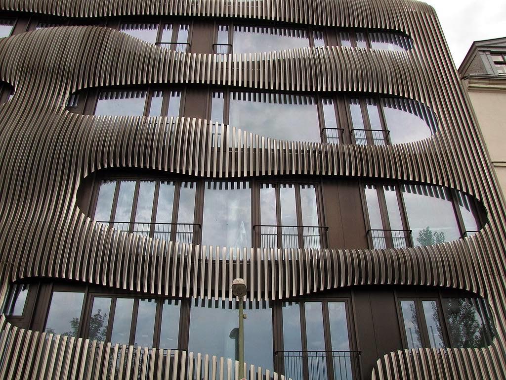 New Apartmenthouse by J. Mayer H. Architects, Johannisstraße, Berlin