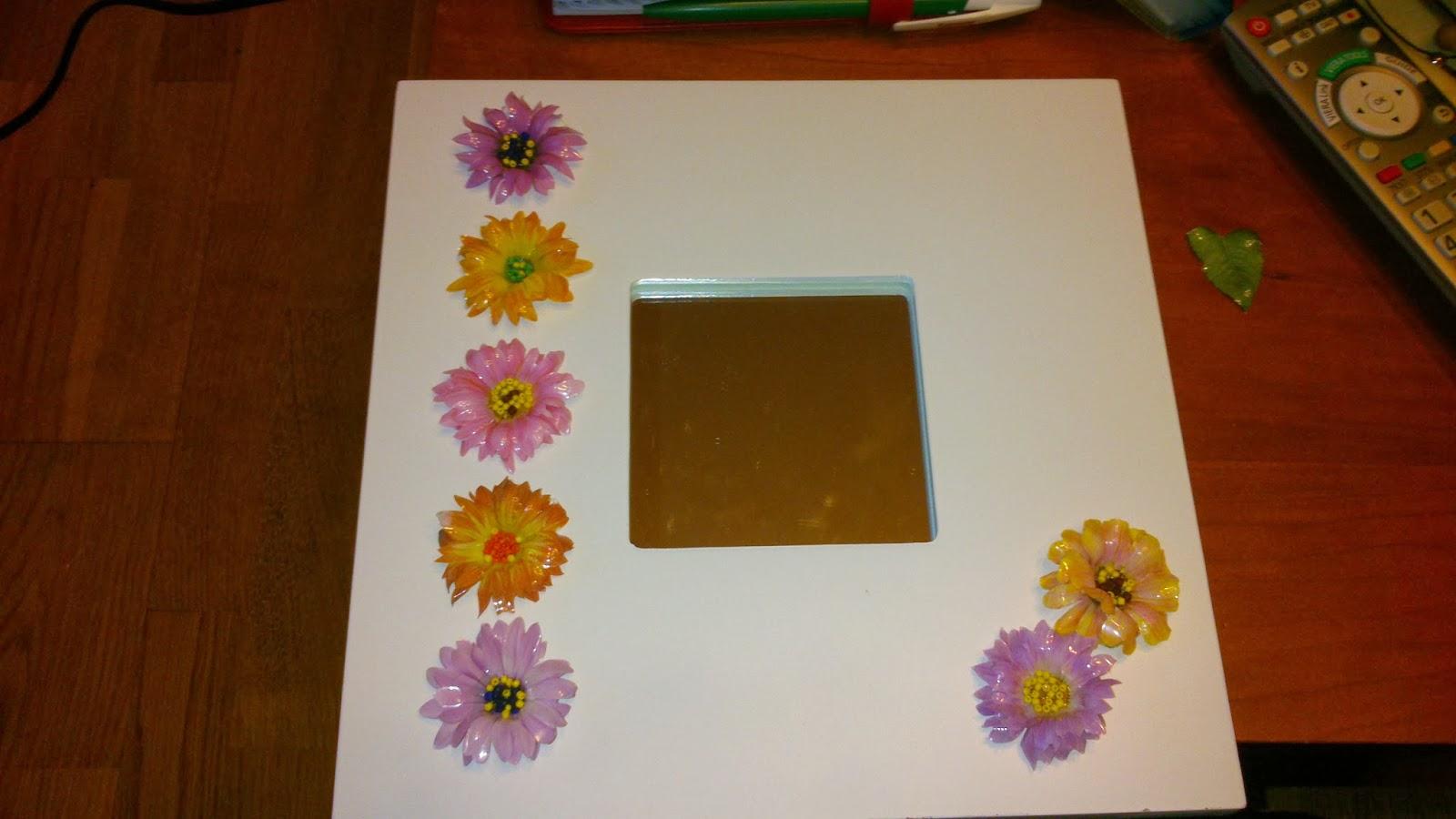 Las manualidades de carmen espejos decorados con flores - Espejos para manualidades ...