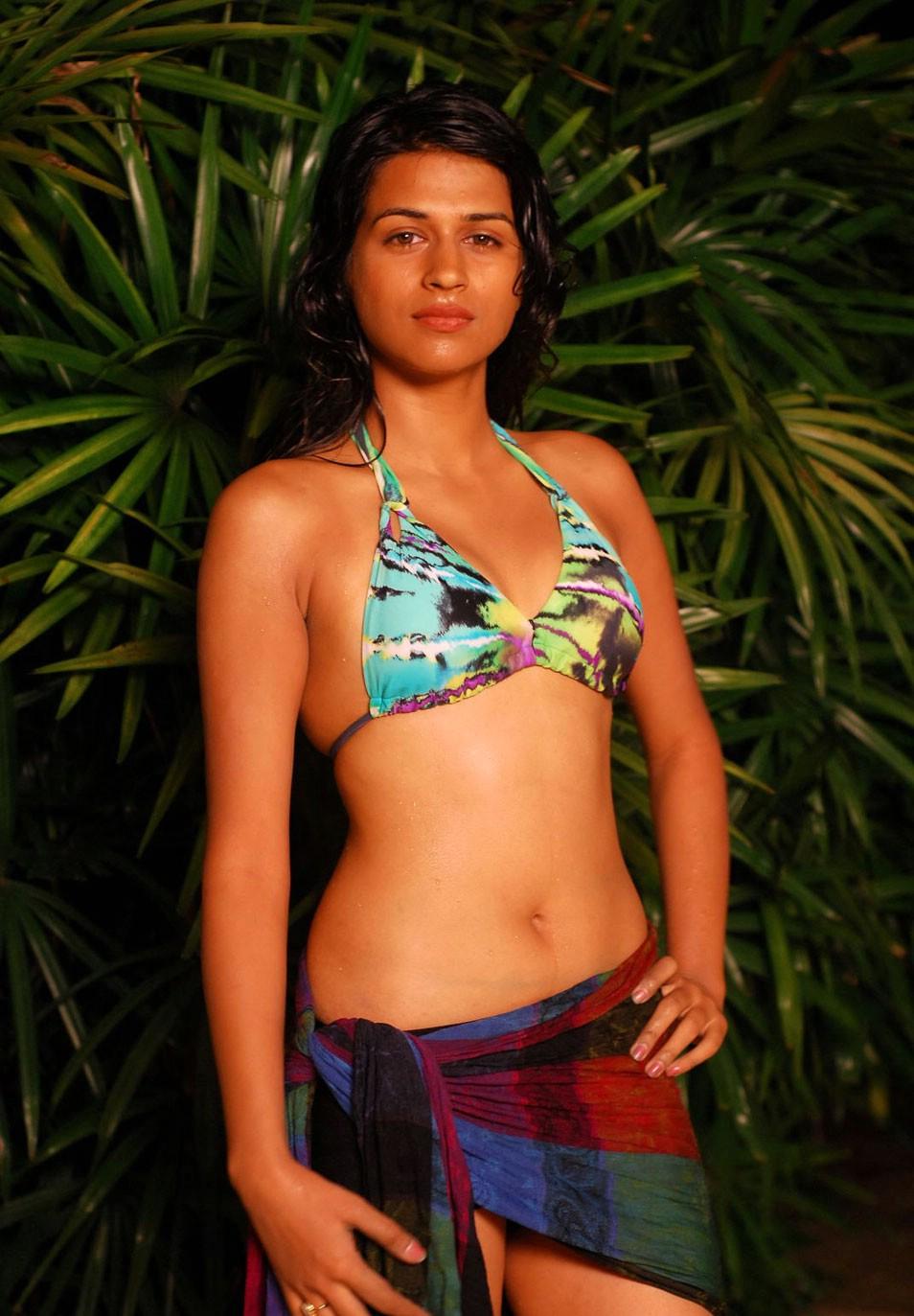 Bikini Iga Wyrwal nude photos 2019
