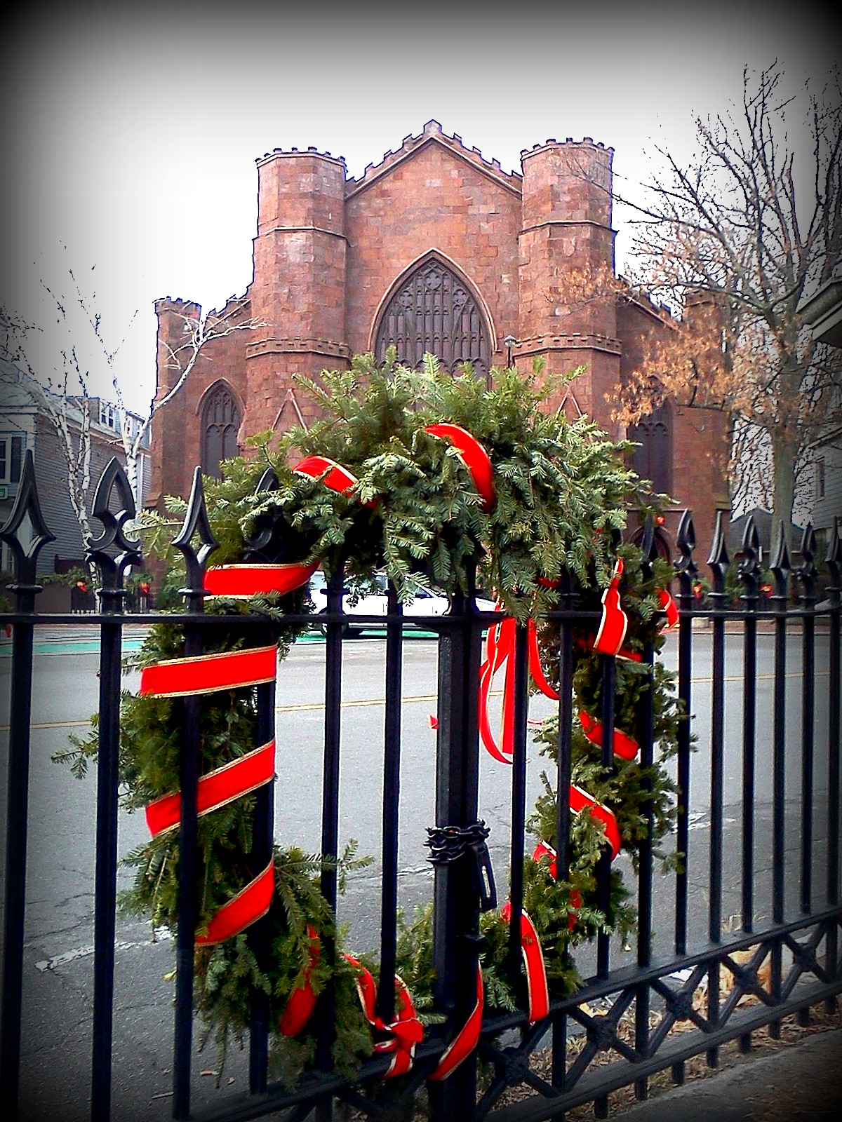 salem common, gate, wreath, witch museum, winter, christmas, massachusetts