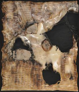 """Burri: Le opere """"Combustione plastica"""""""