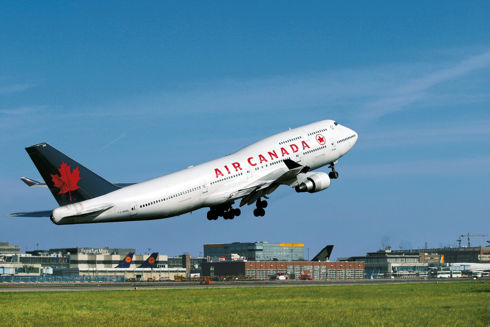 http://4.bp.blogspot.com/-7OrqZY1XEMM/TvCBd2HIp9I/AAAAAAAAHHg/5-VDX2s9B7s/s1600/air_canada_boeing_747.jpg