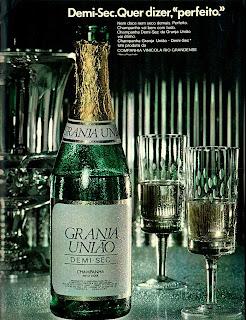 propaganda champanhe Semi-Dec - 1975.  os anos 70; propaganda na década de 70; Brazil in the 70s, história anos 70; Oswaldo Hernandez;