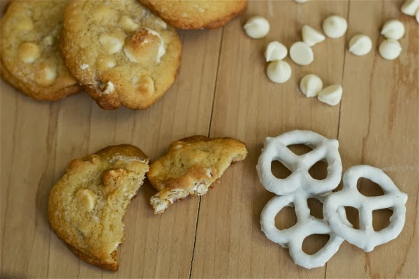 white chocolate pretzel chip cookies