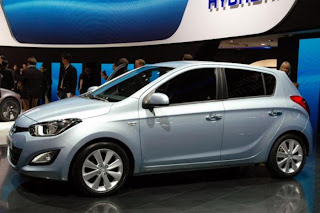 new hyundai facelift at geneva motor show