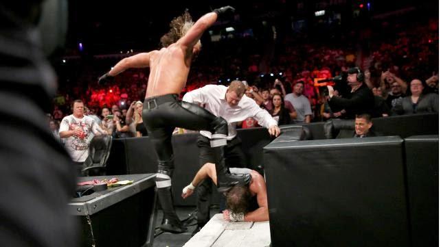 Rollins taca ambrose