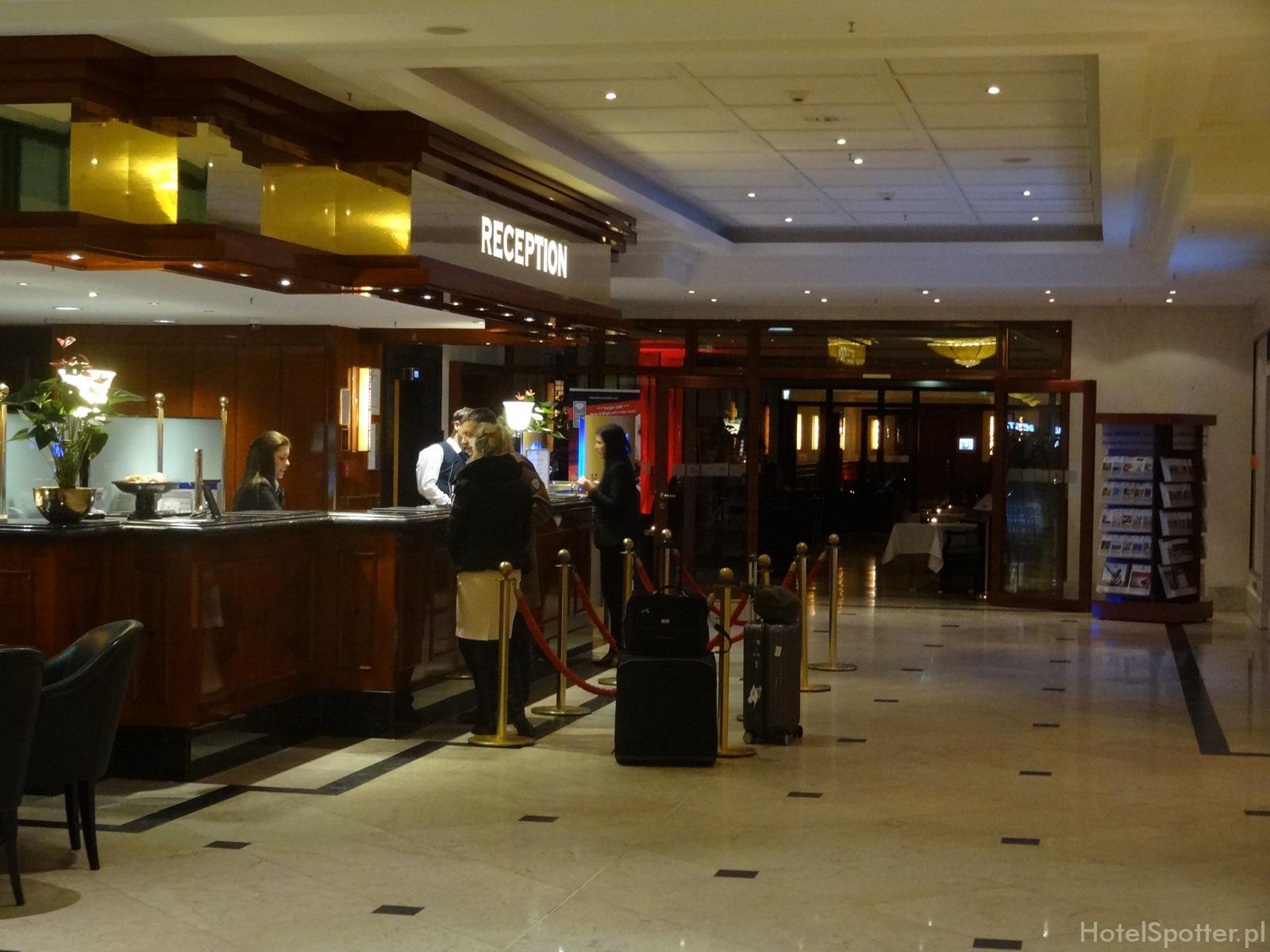 Maritim Hotel Berlin - recepcja