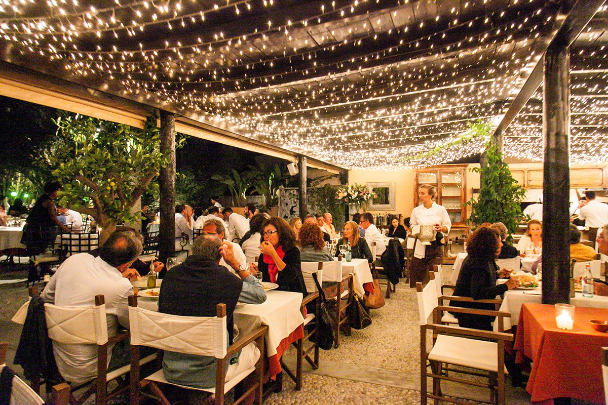 Can Carlos Restaurant - Les Bons Viveurs - luxury blogs