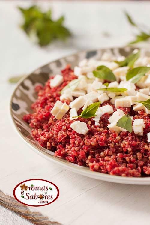 Salada de quinoa e beterraba