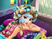 Juega con la reina de Frozen en el famoso centro turístico de las montañas de Arendelle para ayudarla a relajarse con tratamientos especiales de spa. Comenzaremos con una limpieza de la piel para luego a la sesión de maquillaje donde se puede mezclar diferentes sombras de ojos, labiales y rubores. Prueba diferentes estilos de moda y elige el más bonito vestido Elsa.