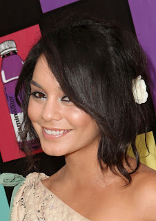 Celebrity Summer Hair Styles Ideas From vanessa hudgens