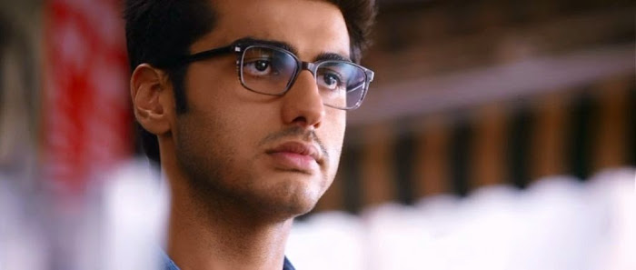 Screen Shot Of Hindi Movie 2 States (2014) Download And Watch Online Free at worldfree4u.com