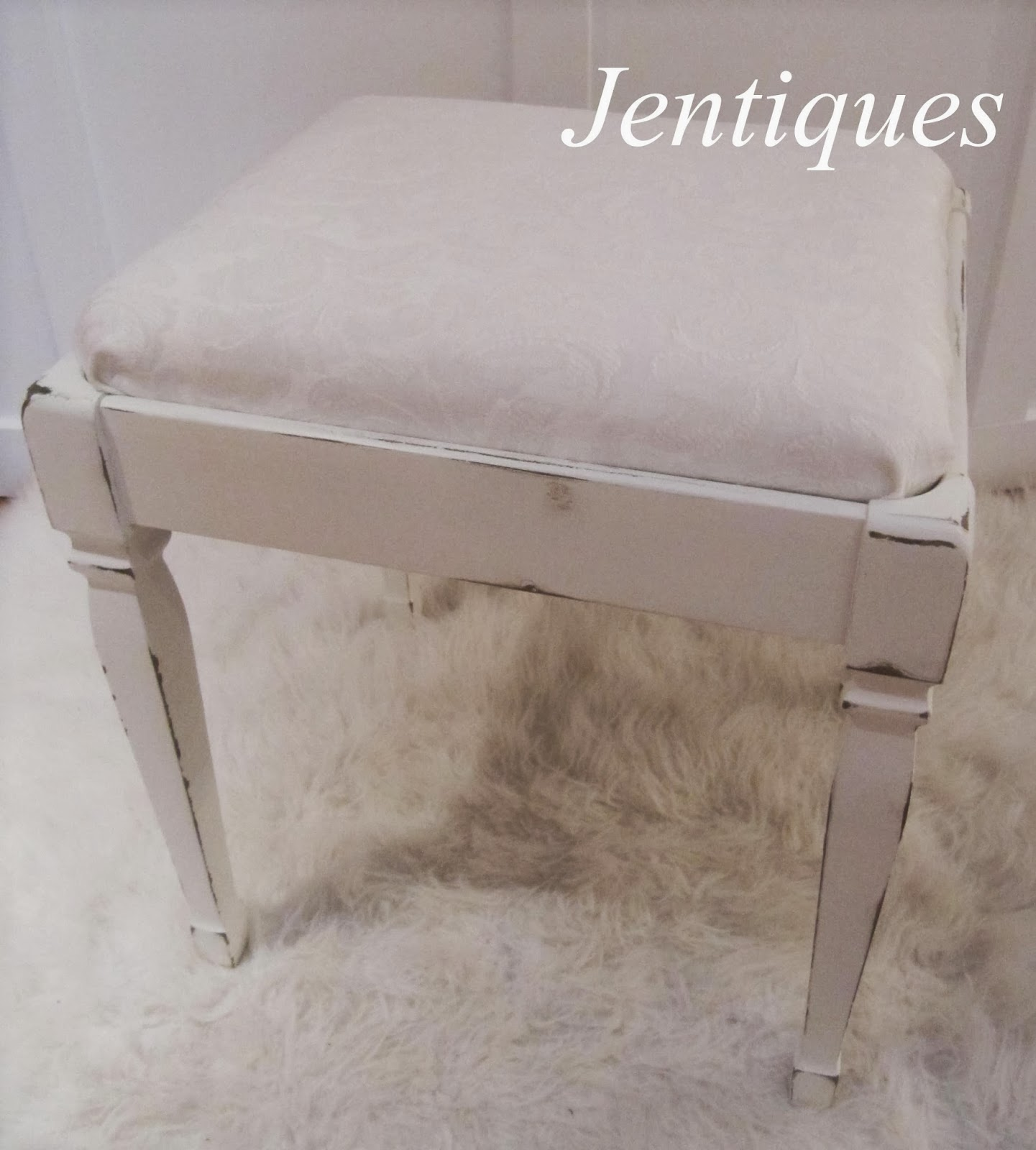 jentiques shabby chic stool. Black Bedroom Furniture Sets. Home Design Ideas