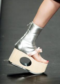 sepatu wanita terbaru 2013