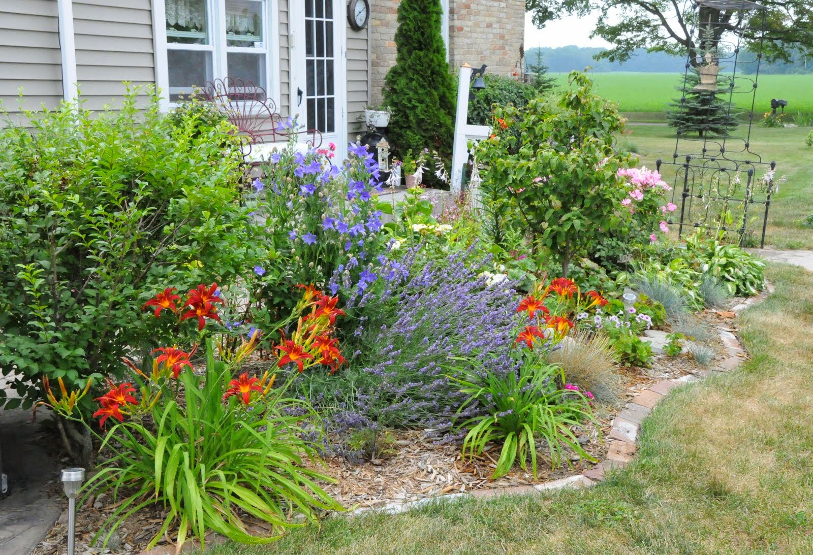 Creating Curb Appeal: via Gardens