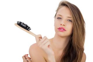 Recette baume démêlant 100% naturel pour cheveux doux et brillants!