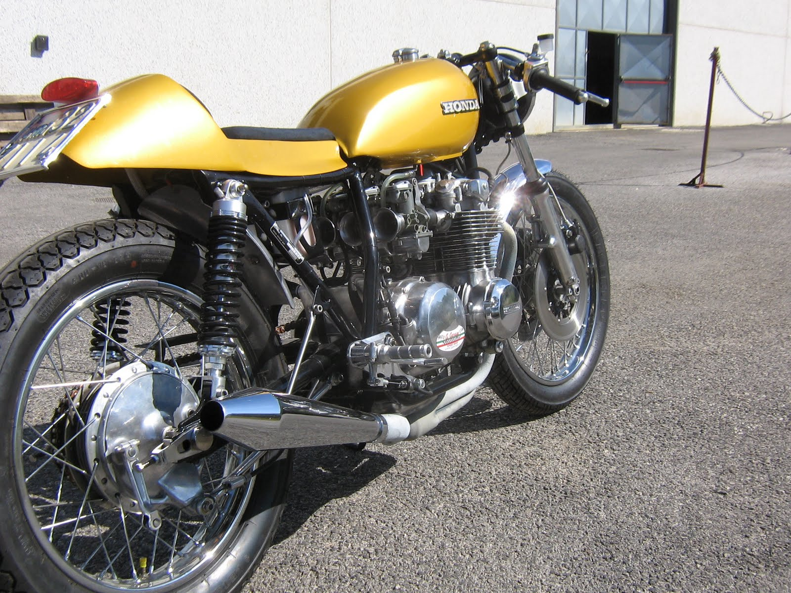 Honda CB 500 Cafe by G.Garage title=