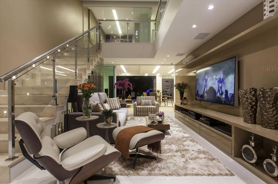 Sala De Estar E Tv No Mesmo Ambiente ~  de flores deram mais vidaalegria e pontos de cor ao ambiente de cores