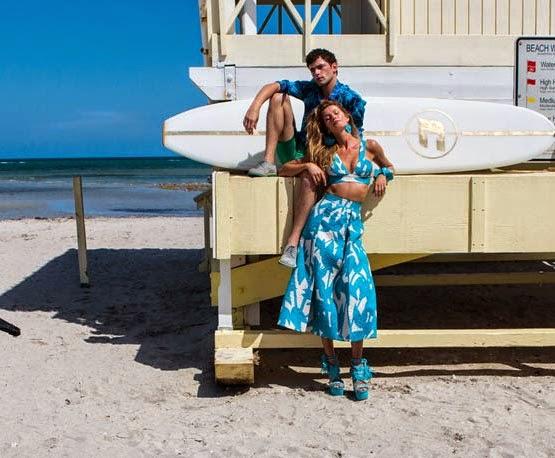 Gisele Bündchen e Sean O'Pry para Colcci verão 2015