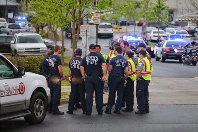 Tiroteo en FedEx deja un muerto y 6 heridos