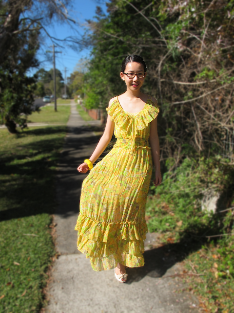 {Yellow Flutter} Maxi dress