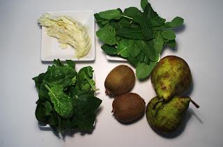 zumo de menta, kiwi y pera - ingredientes