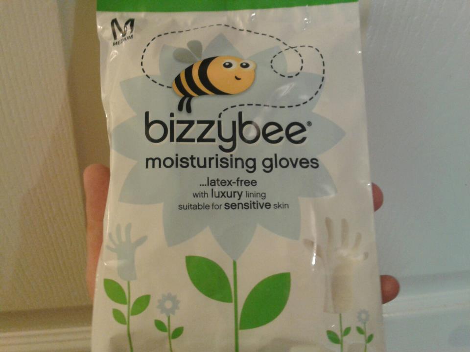 Latex gloves give rash