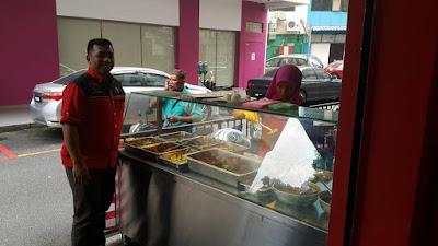 Nasi Kukus Oh Azizah Buka Restoran