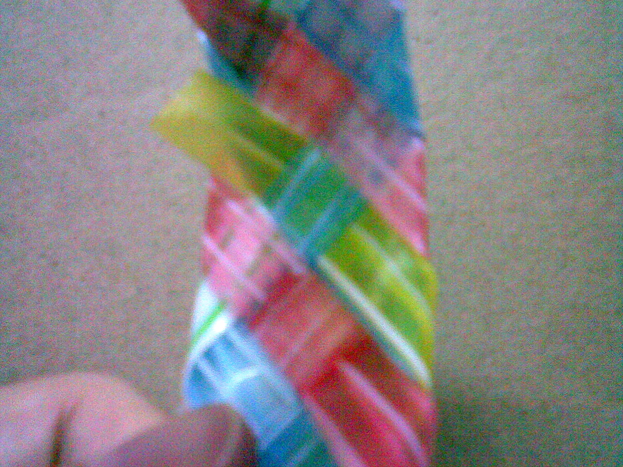 reuse paper,weave from straw,woven bangle,recycle crafts,kid craft,craft for kid ,weave from milk carton,bracelet made from plastic  milk carton paper