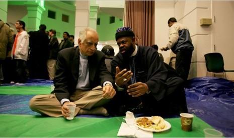 Muslim AS Rasulullah Tetap Teladan Kami
