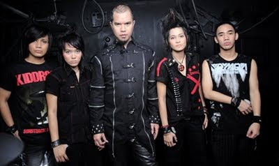 TRIAD - Ratu Dihatiku MP3