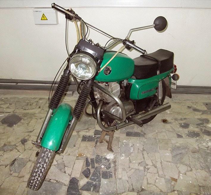 Moto%2B8.jpg