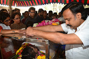 Telugu Hero Uday Kiran Condolences-thumbnail-14