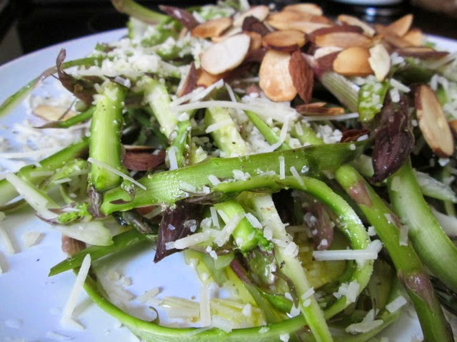ribboned asparagus salad with lemon