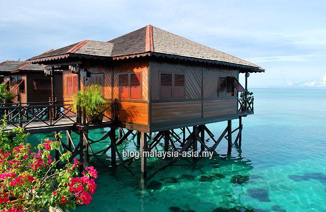 Pulau Kapalai di Sabah