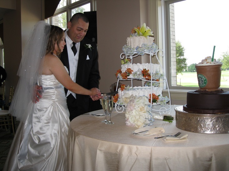 The tables had floorlength ivory champagne linens and the same color