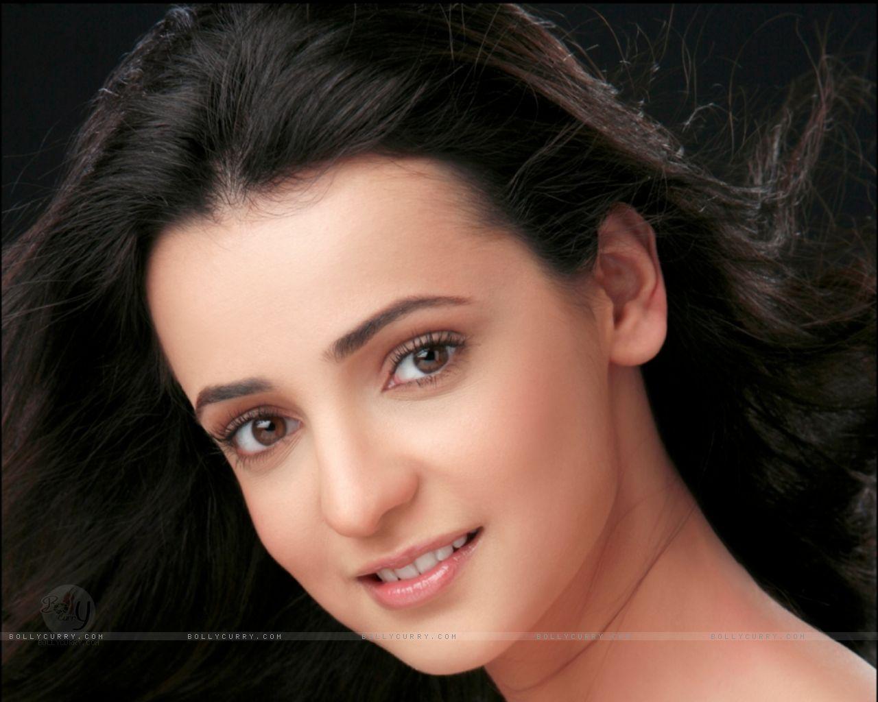 http://4.bp.blogspot.com/-7TahJUG1Y8s/TtDbTAnIYpI/AAAAAAAAHQA/qmjRgk41BL0/s1600/39205-sanaya-irani.jpg