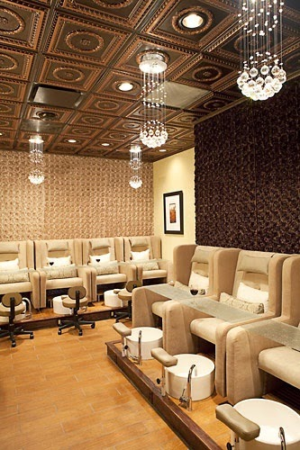 play in peoria top nail salons in peoria for manicures and pedicures. Black Bedroom Furniture Sets. Home Design Ideas